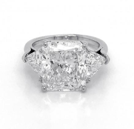 Platinum Diamond Engagement Ring