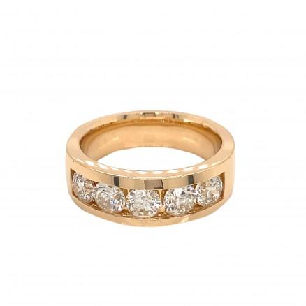 14kt Yellow Gold Diamond Band
