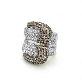 18kt White Gold Diamond Buckle Ring