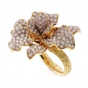 18kt Yellow Gold Diamond Flower Ring
