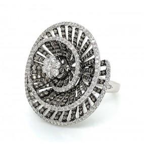 18kt White Gold White And Cognac Diamond Ring
