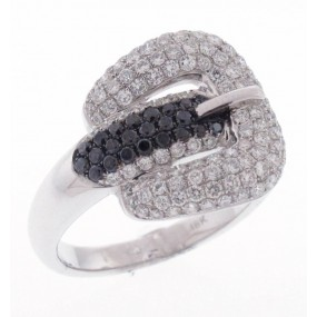 18kt White Gold Diamond Buckle Ring