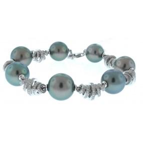 18kt White Gold Pearl Bracelet