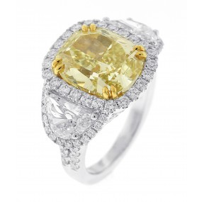 18kt White Gold Yellow Diamond Ring