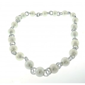 18kt White Gold Pearl Necklace