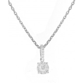 18kt White Gold Diamond Cluster Pendant