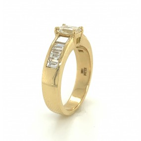 18kt Yellow Gold Diamond Men's Band