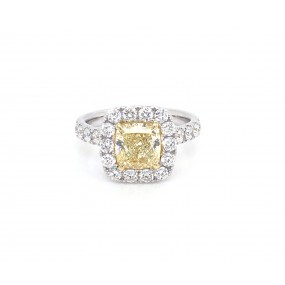 18kt White Gold GIA Certified Yellow Diamond Ring