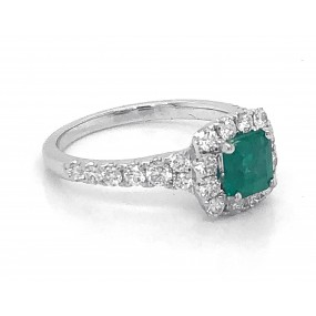 18kt White Gold Diamond And Emerald Rings