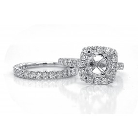 18kt White Gold Diamond Halo Semi Mount With Matching Band