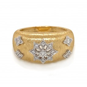 18kt Yellow Gold Diamond Ring