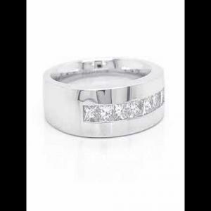 14kt White Gold Diamond Band